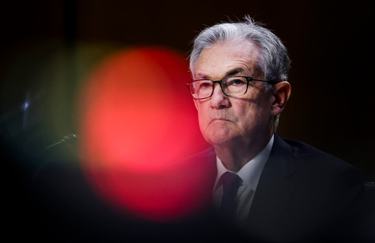 Powell defends Fed policies, says inflation may persist