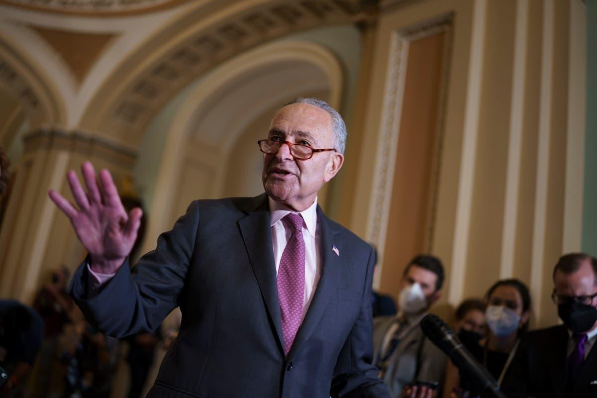 Congress moves to avert partial government shutdown