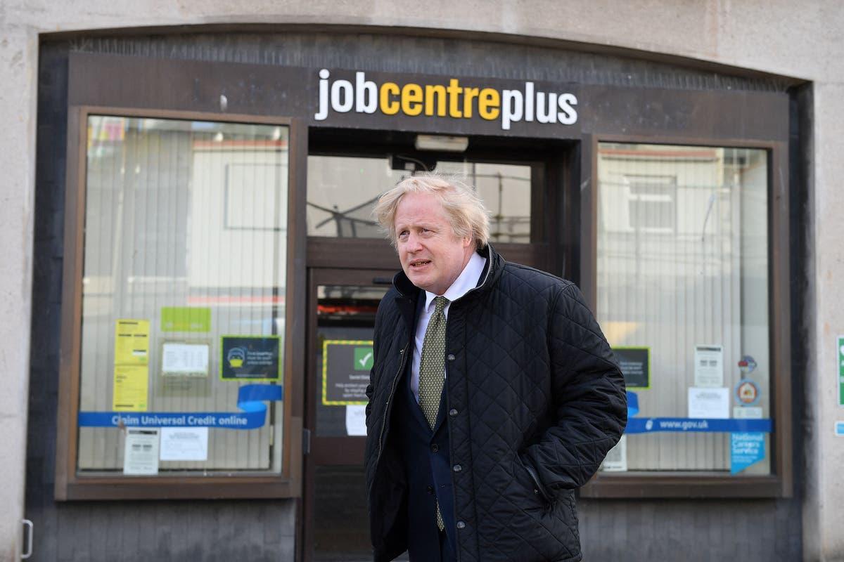 Boris Johnson anklaget for kriminalitet for å ha utnevnt Tory -donor - følg live