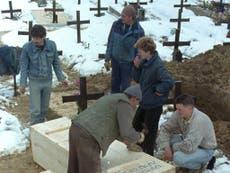 十月 1996: Banja Luka's warehouse of death