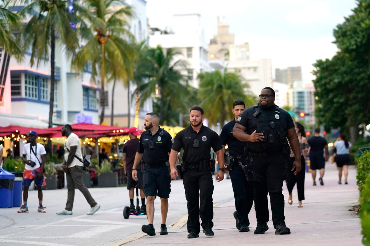Party crowds spark effort to turn down volume in South Beach