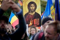 Protesters in Romania reject coronavirus restrictions