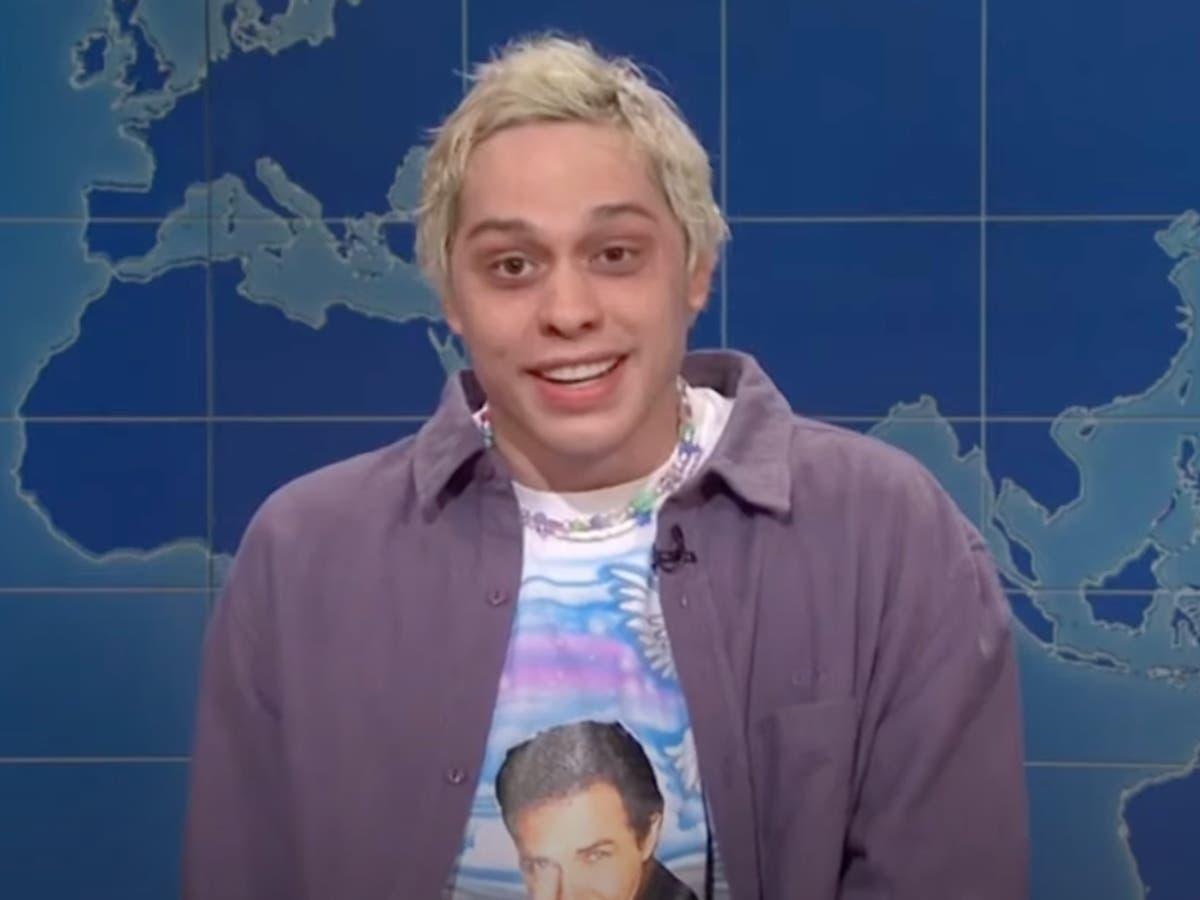 SNLは、苦い「ウィークエンドアップデート」でノームマクドナルドに敬意を表します