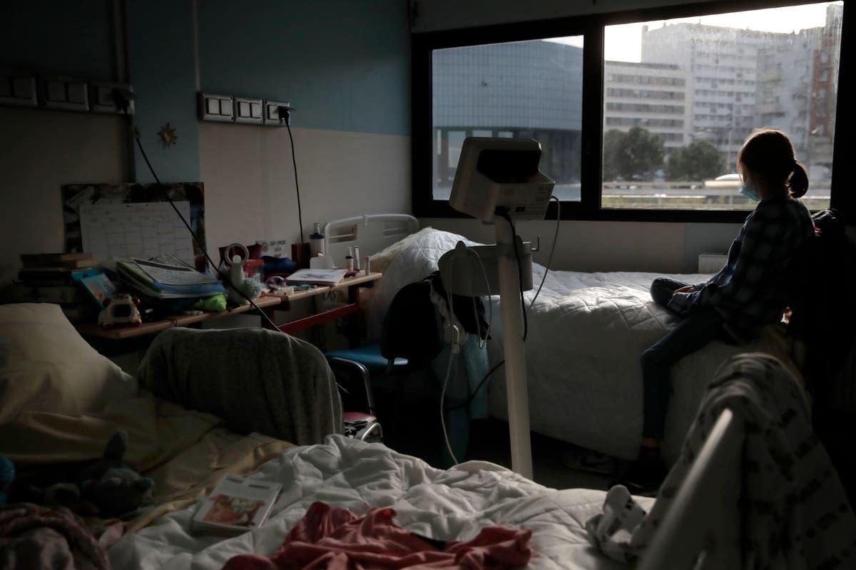 UNICEF: Battered by pandemic, kids need mental health help