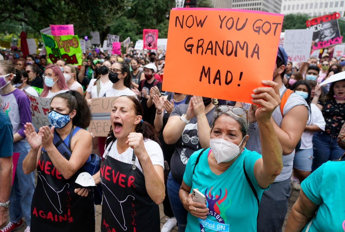 Opponents of Texas ban on most abortions expand challenges