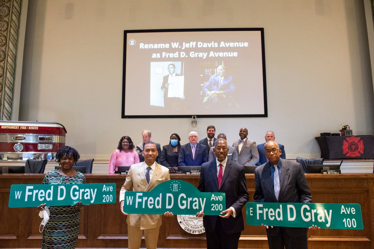 Alabama capital strips Confederate president's name off road
