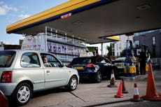 Petrol retailers call for inquiry into fuel supply crisis