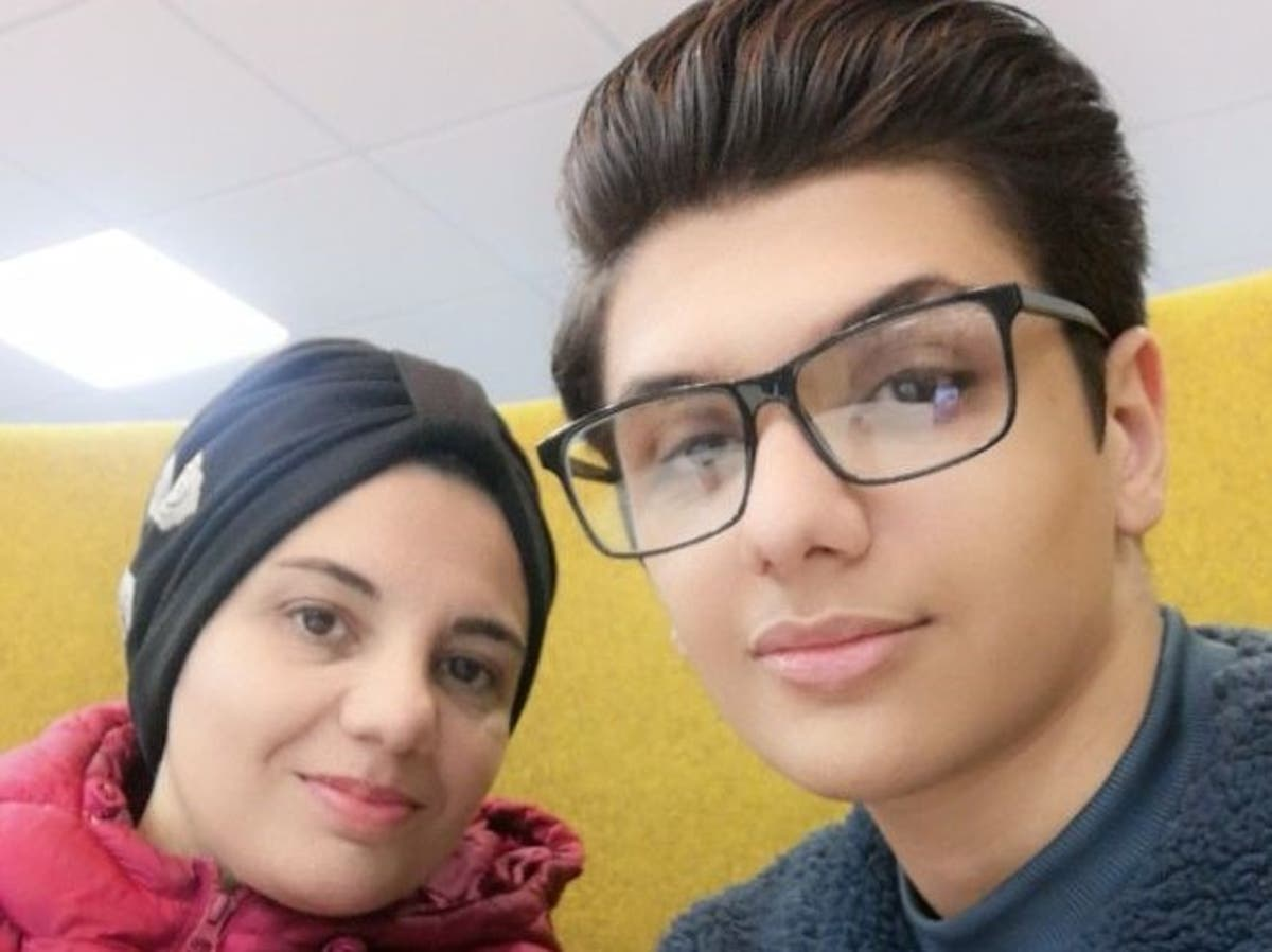Mother and son who fled Syria begin degree - on same course at same university