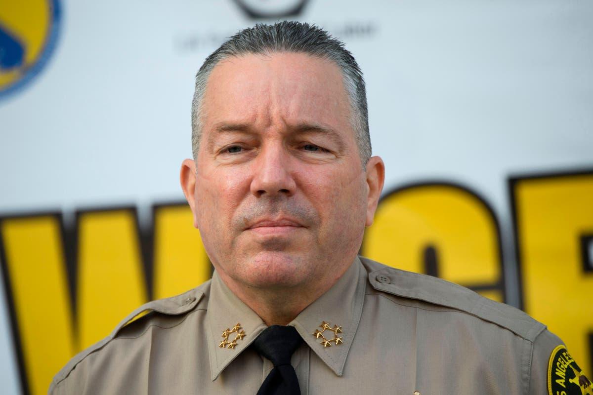 Los Angeles sheriff won't enforce city's strict vaccine mandate