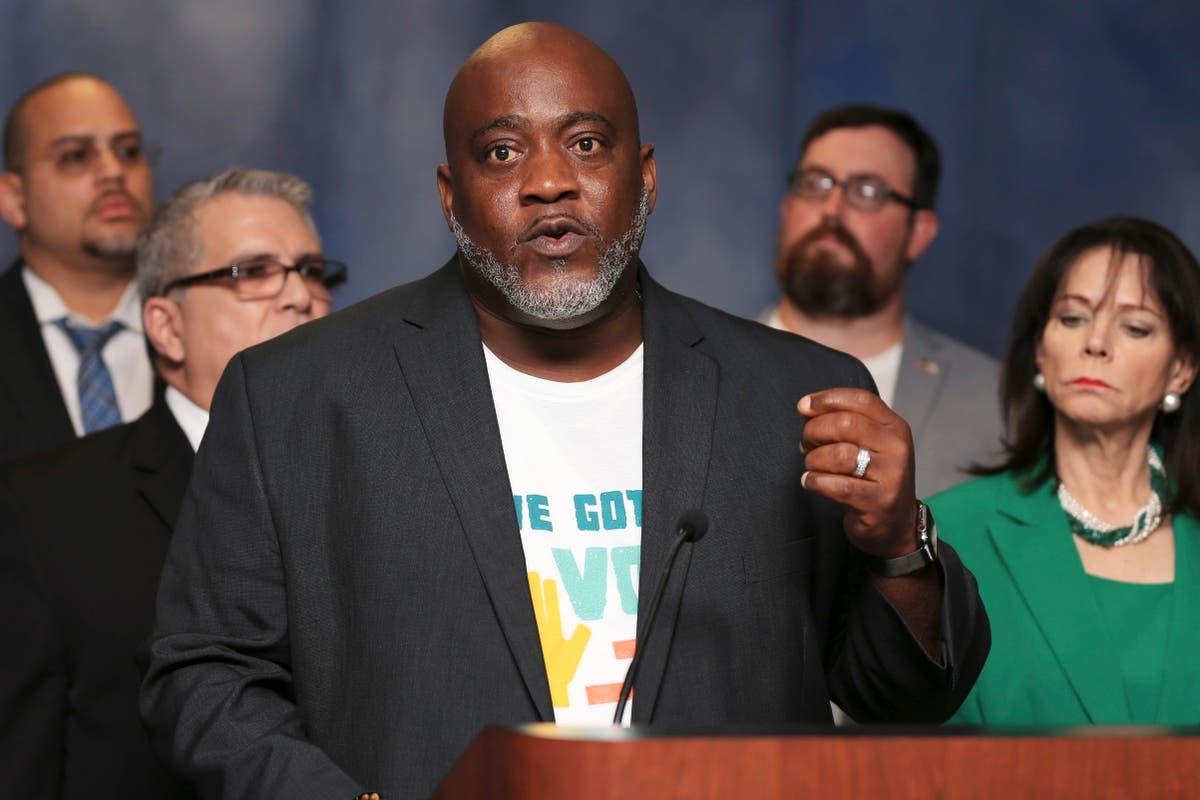 Florida felon voting activist Meade gets civil rights back