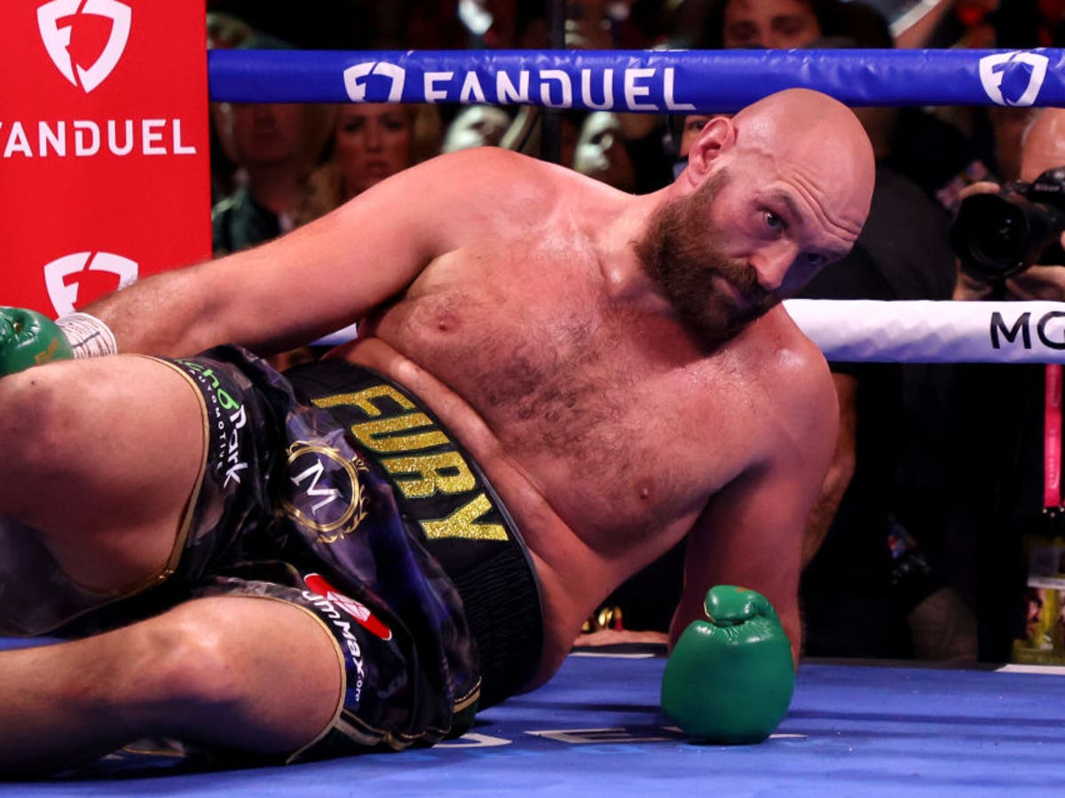 Tyson Fury reveals his thoughts after being knocked down by Deontay Wilder