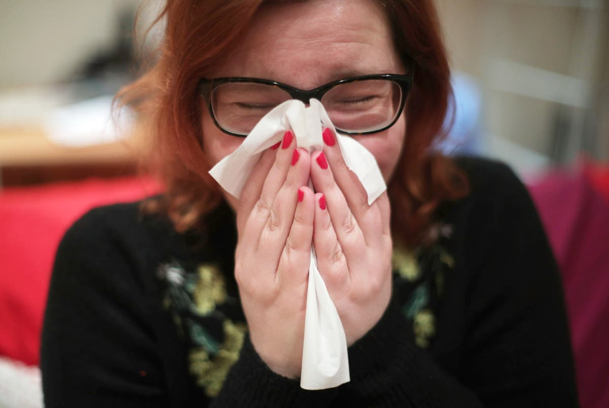 Sick workers urged to avoid 'grin and bear it' attitude and stay away