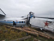 Russia: 16 killed as skydiver plane crashes