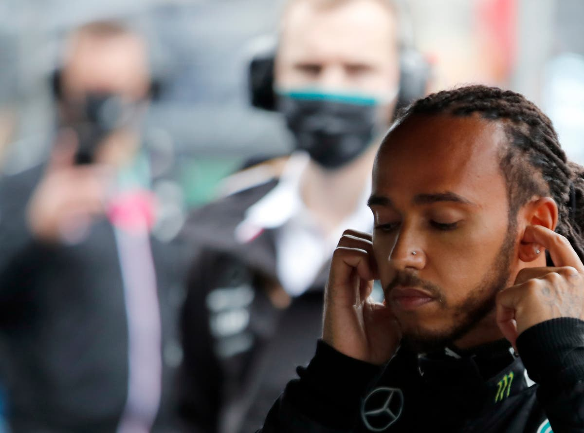 Lewis Hamilton frustrated after Mercedes call costs lead in title fight