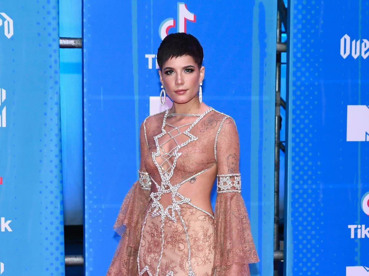 Halsey shares message about postpartum body after SNL praise