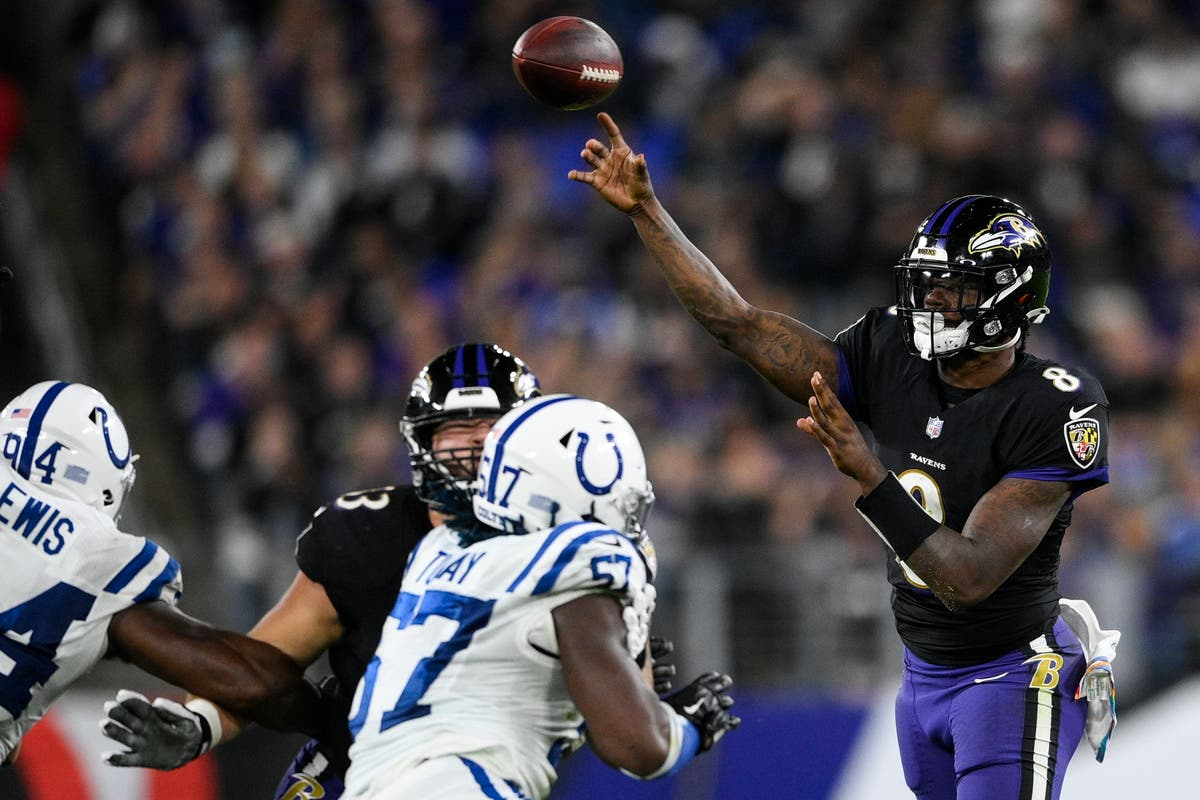 Lamar Jackson leads Baltimore Ravens to comeback win over Indianapolis Colts