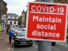 Errors and delays in UK Covid response 'cost lives' - følg oppdateringer live