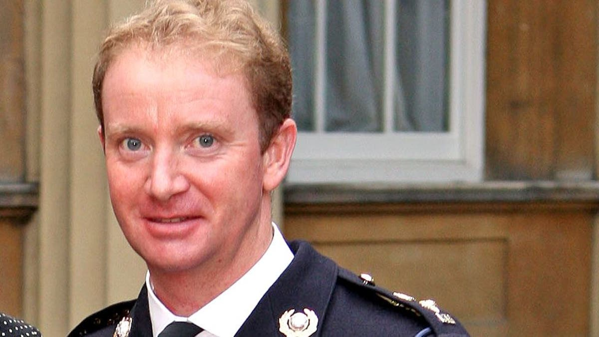 Former head of Royal Marines died of hanging, 审讯听到