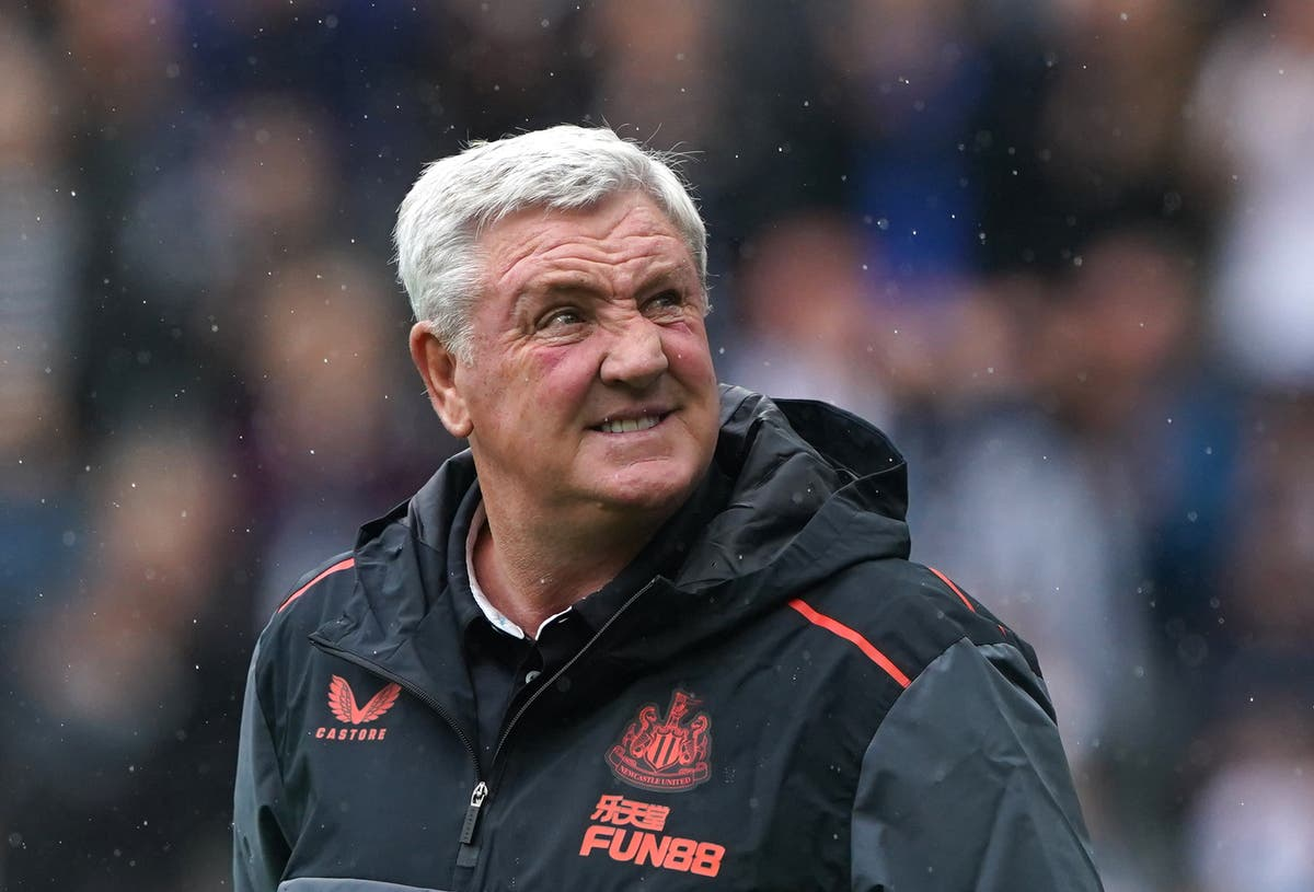 Steve Bruce takes Newcastle training as speculation over future continues