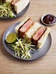 Tuna katsu sandwich: Vinnig, crispy and full of flavour