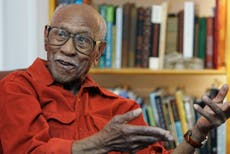 Civil rights activist, historian Timuel Black dies at 102