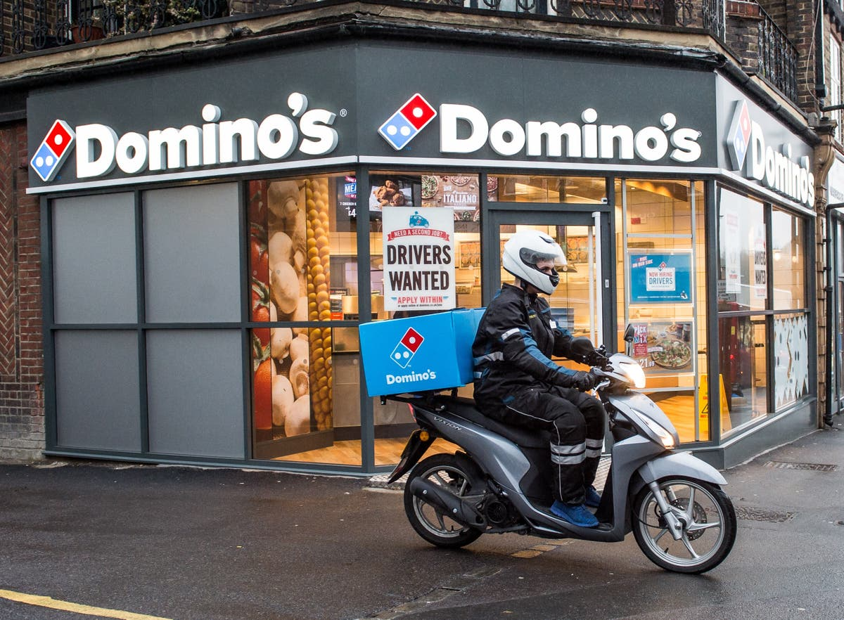 Domino's plans to hire 8,000 drivers for Christmas period