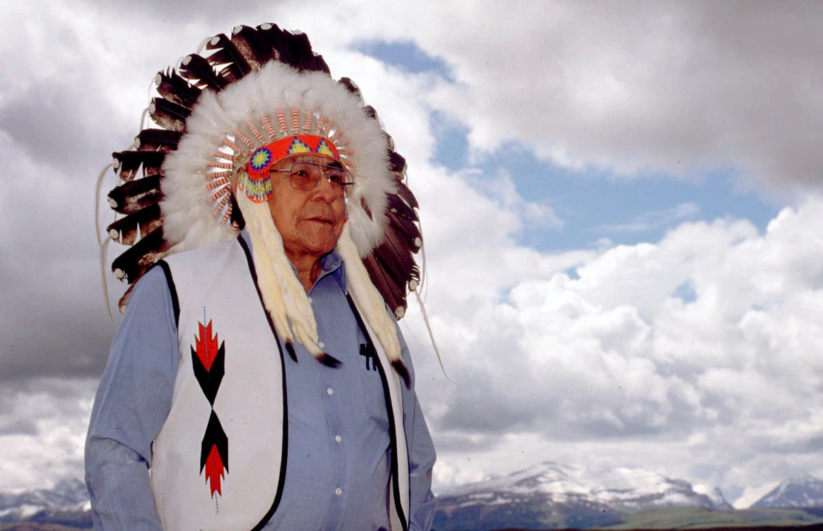Blackfeet Tribal Chief Earl Old Person dies of cancer at 92
