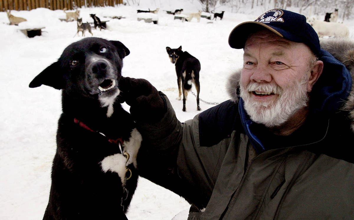 Gary Paulsen, celebrated children's author, で死ぬ 82