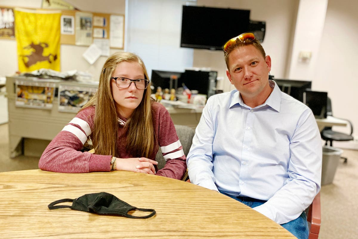 Wyoming district where student arrested extends mask mandate