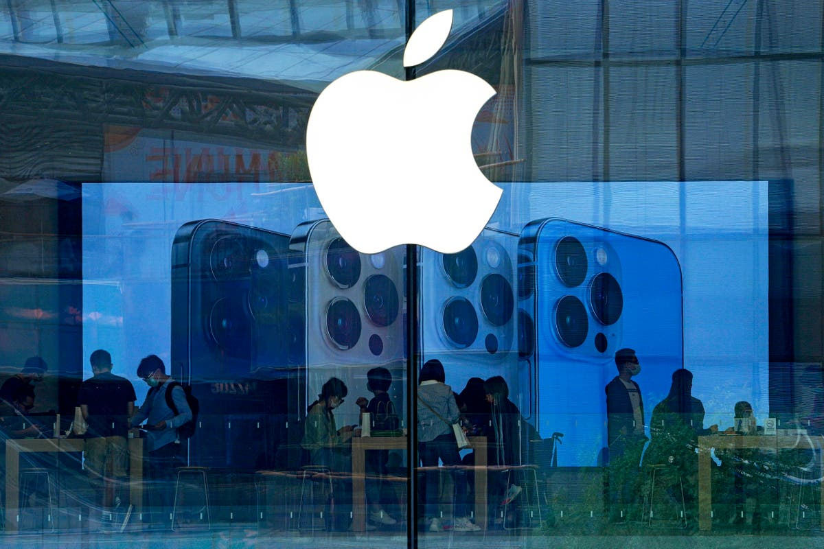 China crackdown on Apple store hits holy book apps, Audible