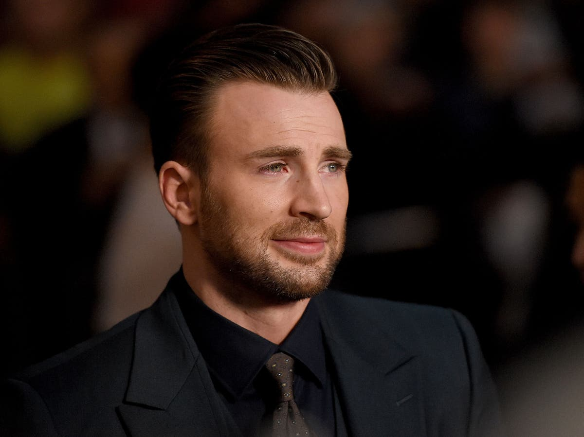 Chris Evans praised for honest post about anxiety