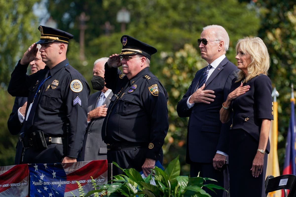 Biden hails police for 'putting their bodies on the line' to stop pro-Trump riot