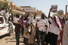 Sudanese protesters call for dissolving of joint government