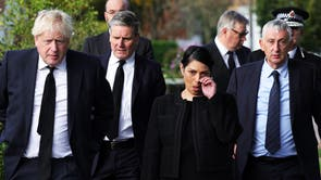 ボリス・ジョンソン, キア・スターマー卿, Priti Patel and Lindsay Hoyle pay respects to Sir David Amess at Belfairs Methodist Church, in Leigh-on-Sea, the site of his death