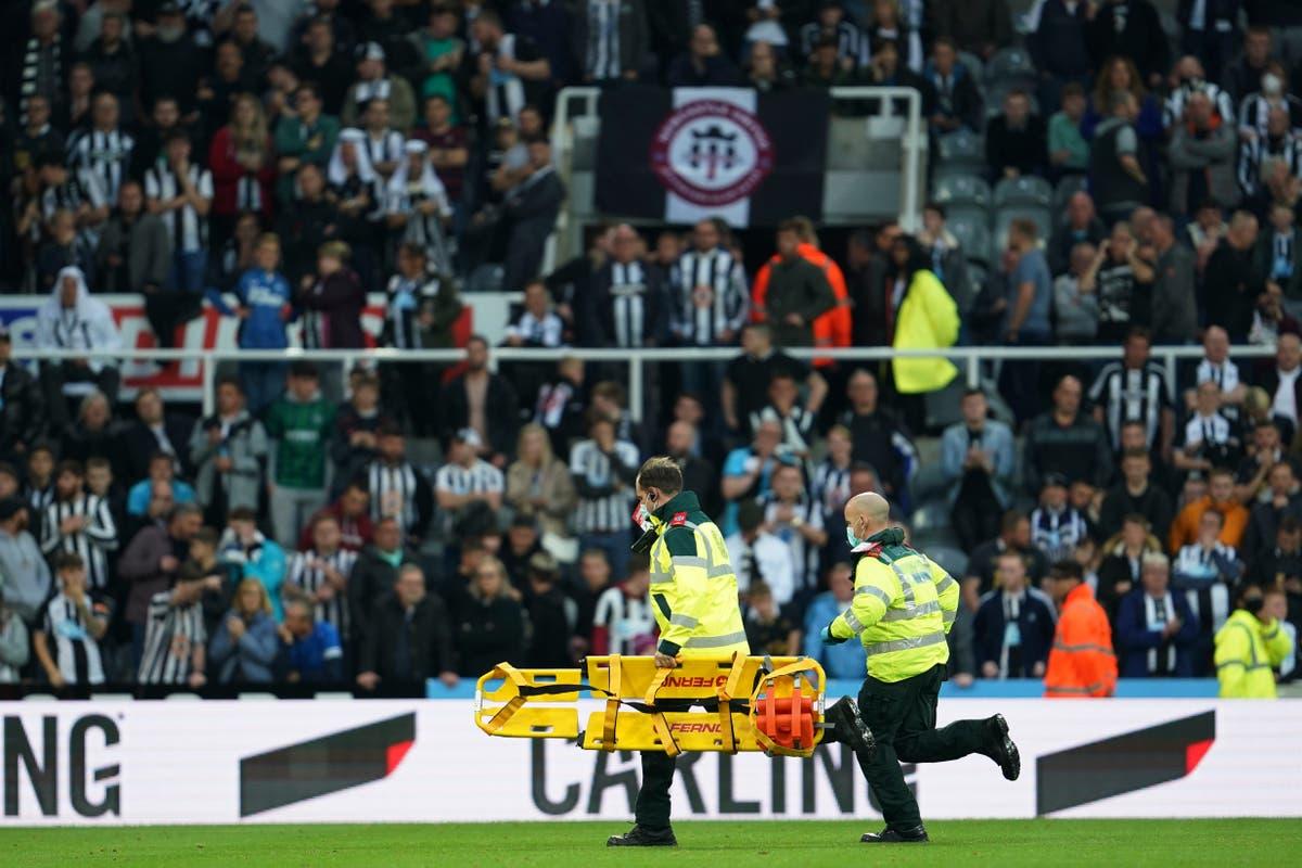 Newcastle vs Tottenham suspenso devido a emergência médica em arquibancadas no St James 'Park