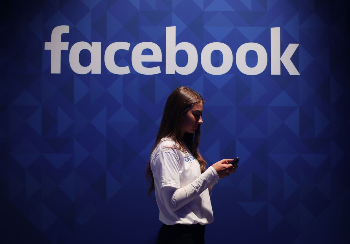 Facebook posts strange thread suggesting major revelations about to come out