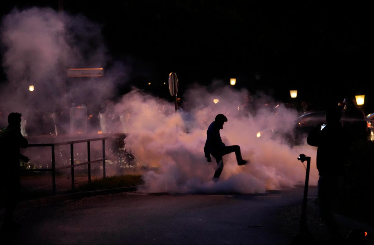 Slovenia PM blames rising infections on virus protesters