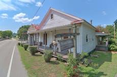 テネシー州の田舎にある小さな町を購入できるようになりました $725,000