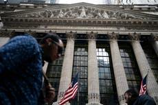 Wealthiest 10% of Americans own overwhelming majority of stocks, rapporten finner