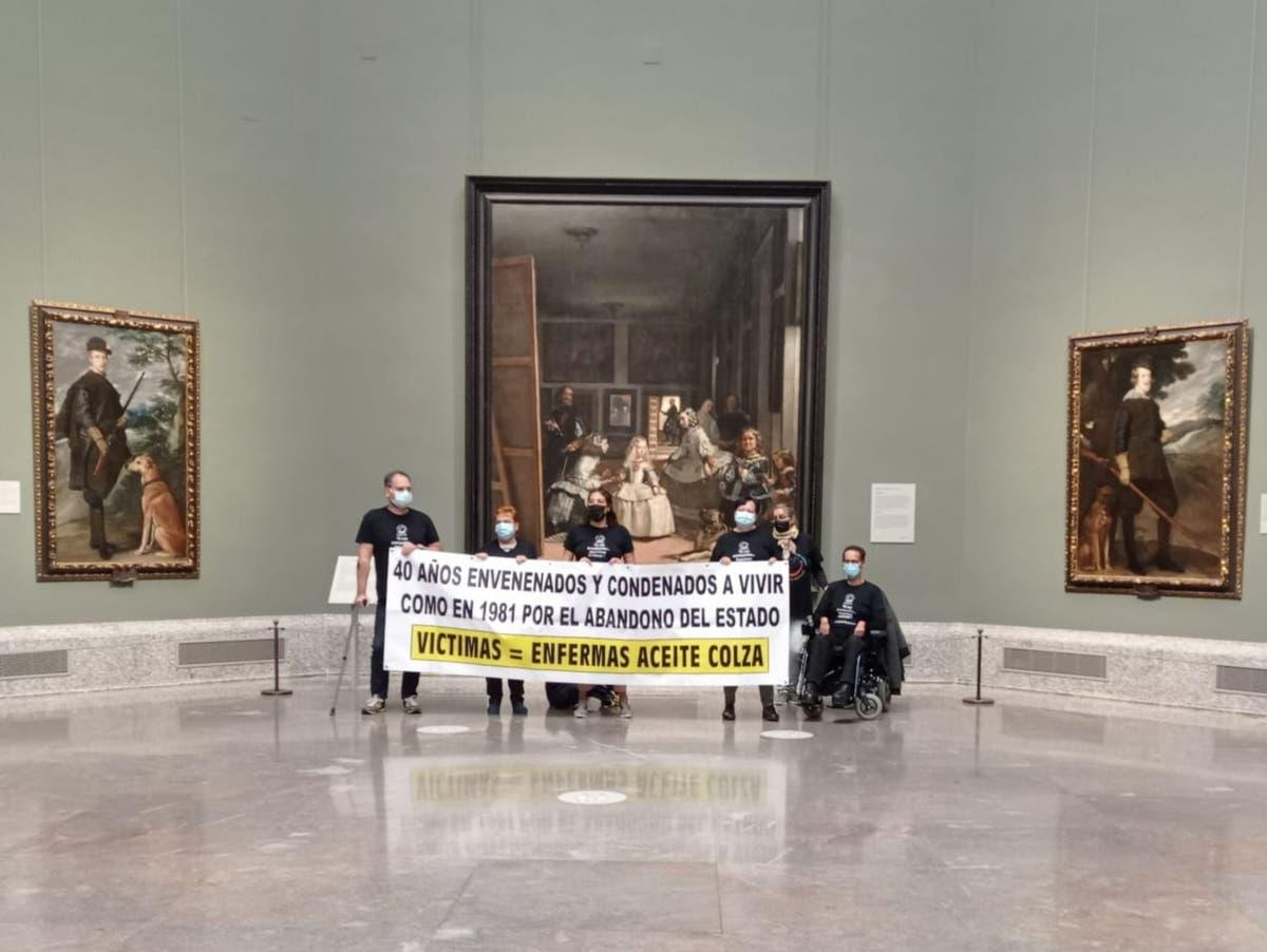 Spanish mass poisoning survivors threaten suicide in Madrid museum