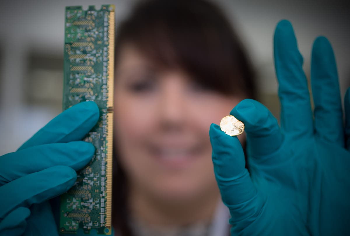 Golden touch: Royal Mint to recycle precious metals from electronics waste