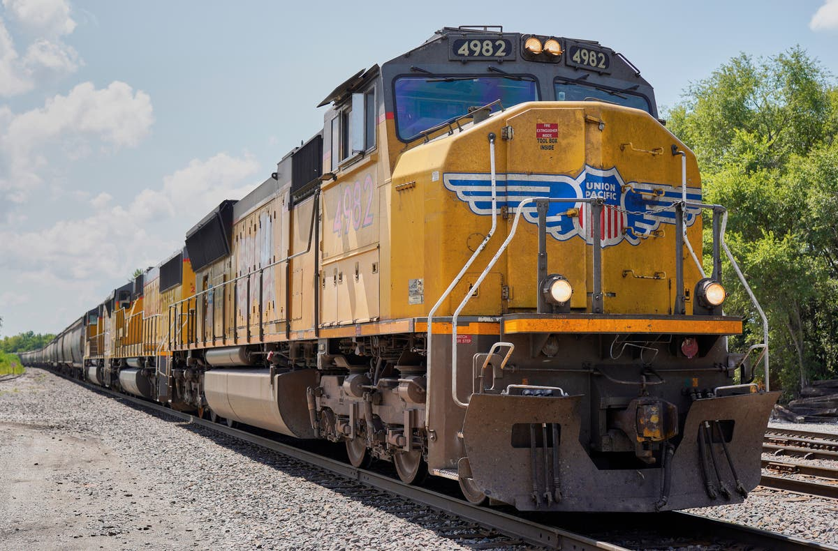 Union Pacific and its unions sue each other over vaccine