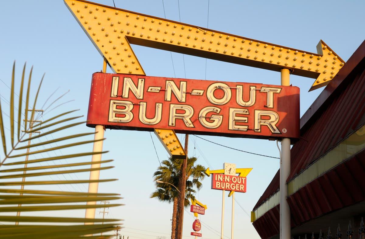 San Francisco shuts burger spot for not checking vaccination