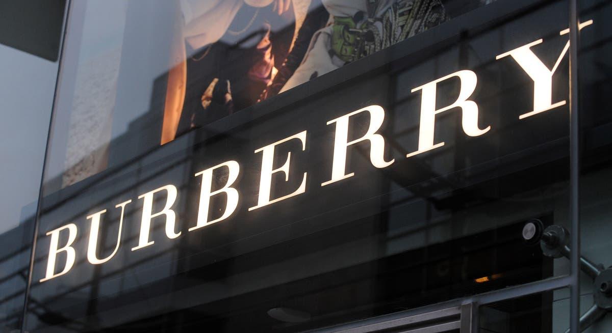 バーバリーはヴェルサーチのボスを新しい最高経営責任者として採用