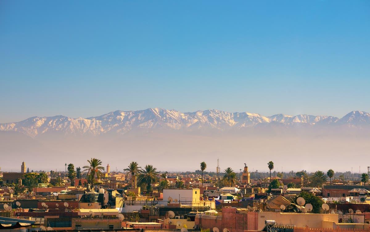 Marokko forbyr britiske besøkende på grunn av stigende Covid -priser