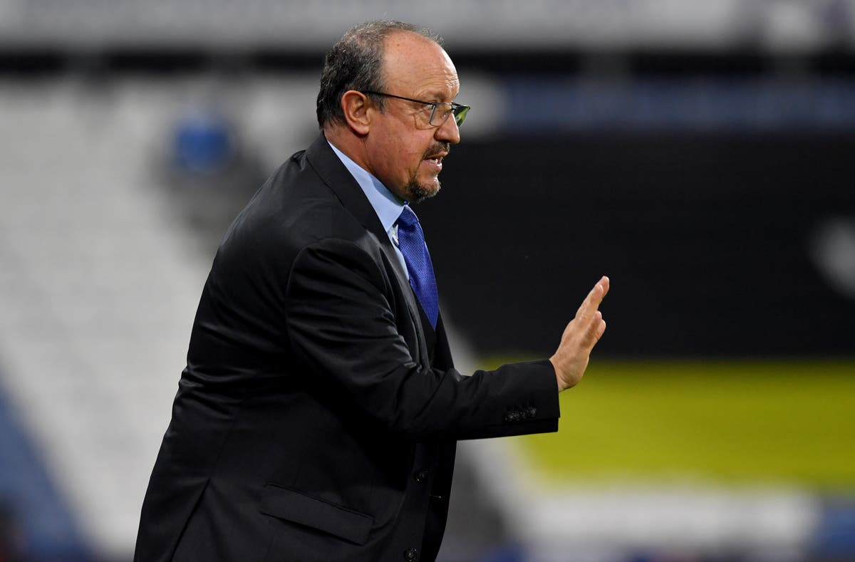 Everton should not panic when things start to go against them, Rafael Benitez insists