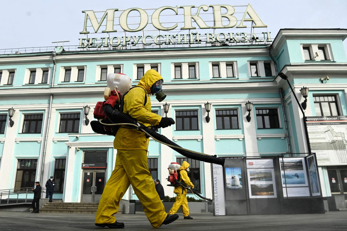 Moscow to go back into lockdown to combat surging Covid cases