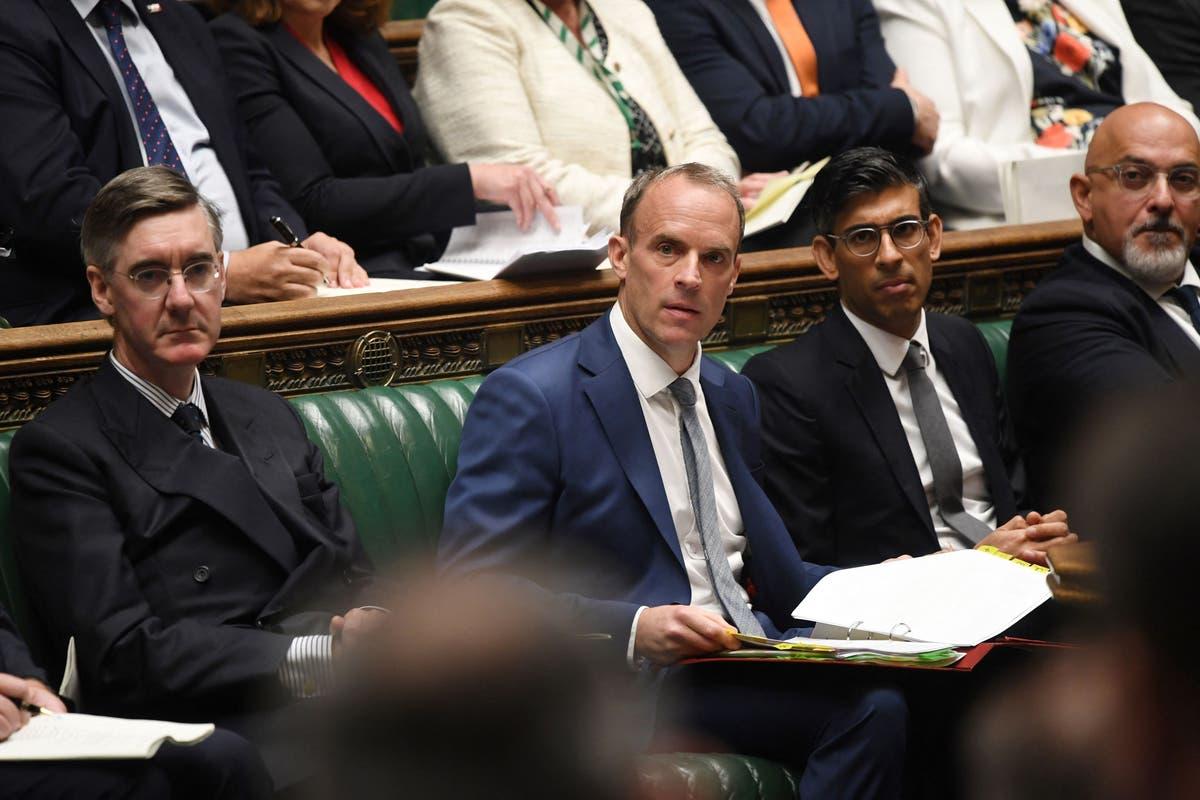 Les conservateurs ne porteront pas de masques à Commons car ils se «connaissent», Jacob Rees-Mogg dit