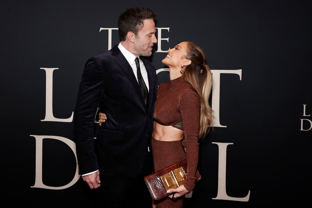 Jennifer Lopez's former publicist claims romance with Ben Affleck is 'serious'