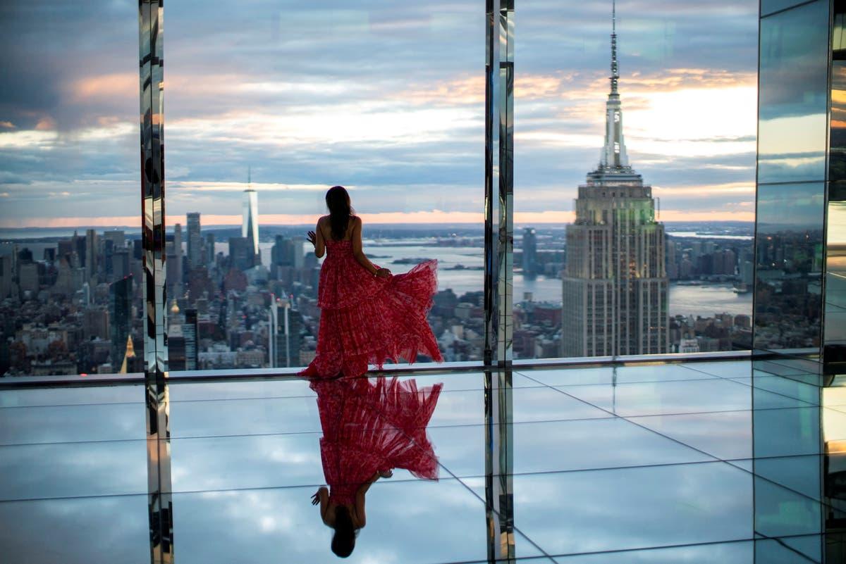 NYC's new landmark Summit suggests dress code to skirt-wearing tourists